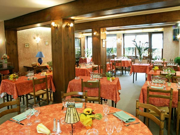 HOTEL RESTAURANT LOGIS  LE BARRIOL